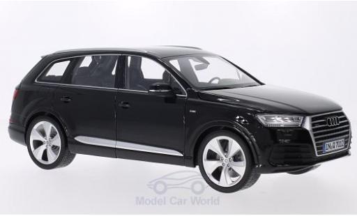 Audi Q7 1/18 Minichamps (4M) noire miniature