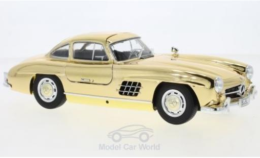 Mercedes 300 SL 1/18 Minichamps SL (W198) gold 1954 miniature