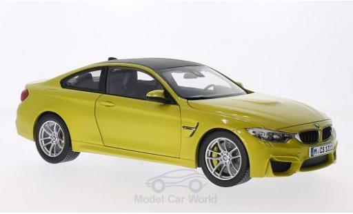 Bmw M4 1/18 Paragon Coupe metallise jaune miniature