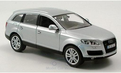 Audi Q7 1/43 Schuco grise miniature