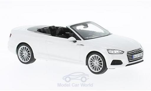 Audi A5 1/43 Spark Cabriolet metallic-blanche 2016 miniature