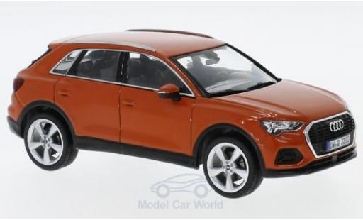 Audi Q3 1/43 Spark orange miniature