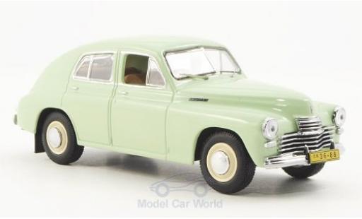 Gaz M20 1/43 IST Models GAZ Pobieda hellgrün 1949 miniature