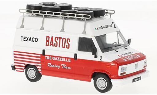 Fiat Ducato 1/43 IXO Bastos Rally Assistance miniature