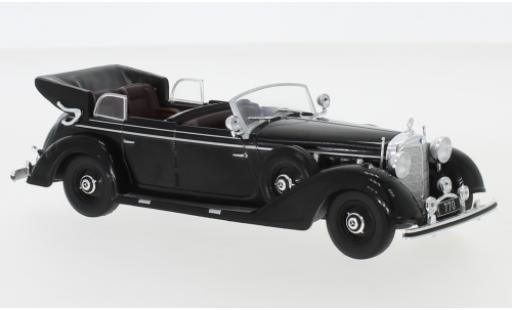 Mercedes 770 1/43 IXO K Cabriolet noire 1938 miniature