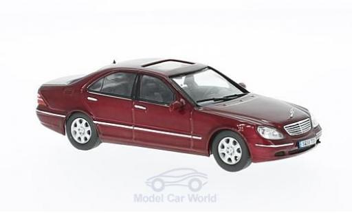 Mercedes Classe S 500 1/43 IXO (W220) metallic-dunkelrouge 2000 miniature