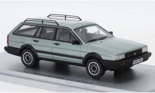 Volkswagen Passat 1/43 Kess Variant GT Syncro metallise green 1985 diecast model cars