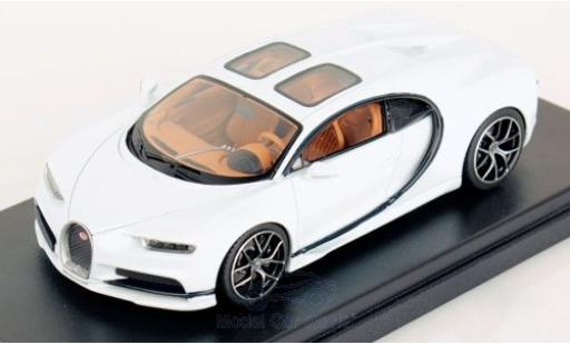 Bugatti Chiron 1/43 Look Smart Sky View white diecast model cars