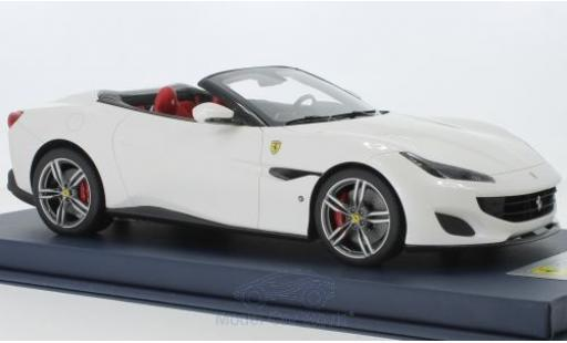 Ferrari Portofino 1/18 Look Smart metallise blanche 2018 miniature