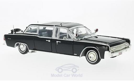 Lincoln Continental 1/24 Lucky Die Cast X-100 black 1961 Quick Fix diecast model cars