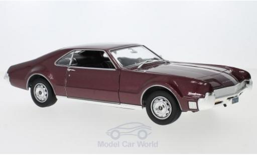 Oldsmobile Toronado 1/18 Lucky Die Cast metallise rouge 1966 ohne Vitrine miniature