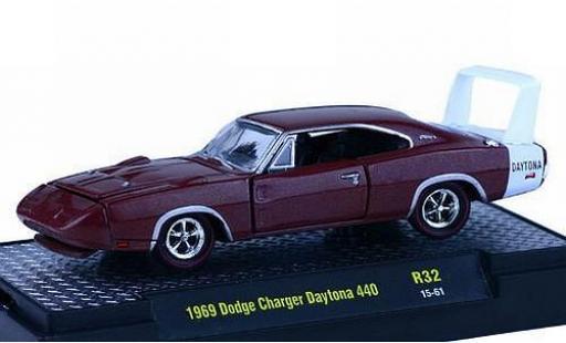 Dodge Charger 1/64 M2 Machines Daytona 440 metallise marron/blanche 1969 Detroit-Muscle Release 32 miniature