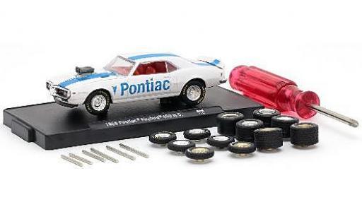 Pontiac Firebird 1/64 M2 Machines 400 H.O. blanche/bleue 1968 y compris les 12 Roues de remplacement 6 axas et 1 Schraubenzieher voiture-Wheels Release 06 miniature