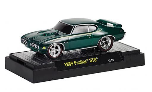 Pontiac GTO 1/64 M2 Machines metallise verte 1969 Capot avec fonction Ground Pounders miniature