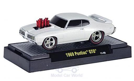 Pontiac GTO 1/64 M2 Machines Tuning metallise blanche 1969 Motorhaube mit Funktion miniature