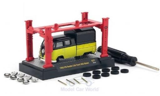 Volkswagen T1 1/64 M2 Machines DoKa jaune/noire 1960 Model-Kit Bausatz inklusive 4 Ersatzrädern miniature