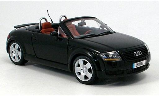 Audi TT 1/18 Maisto Roadster noire 1999 miniature