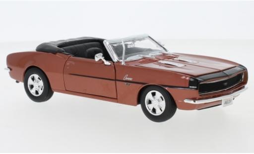 Chevrolet Camaro 1/24 Maisto SS 396 Convertible metallise bronze 1968 diecast model cars