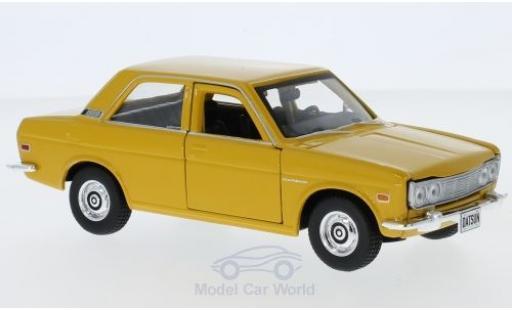 Datsun 510 1/24 Maisto yellow 1971 diecast