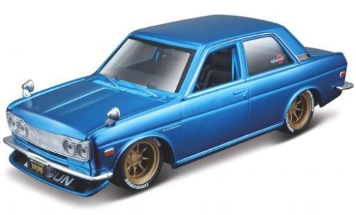 Datsun 510 1/24 Maisto metallise bleue 1971 miniature