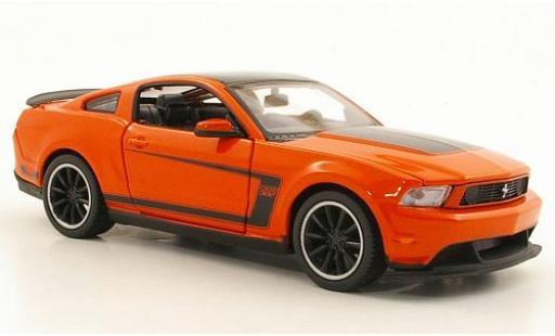 Ford Mustang 1/24 Maisto Boss 302 orange