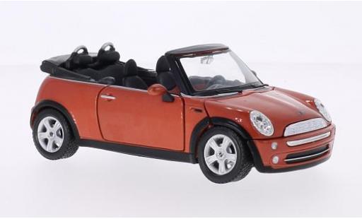 Mini Cooper 1/24 Maisto Cabriolet metallise orange 2004 miniature