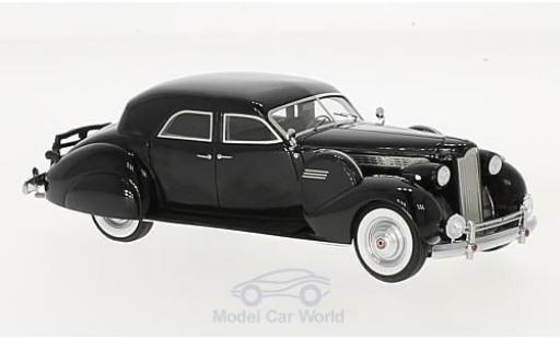 Packard Super 8 1/43 Matrix Sport Sedan by Darrin noire 1940 miniature