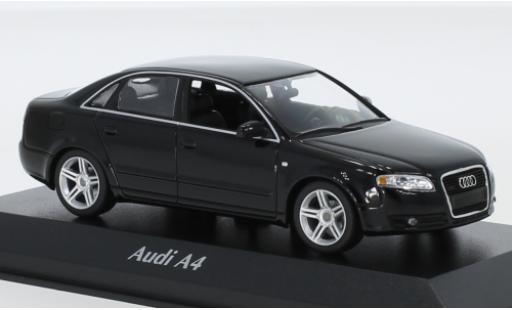Audi A4 1/43 Maxichamps noire 2004 miniature