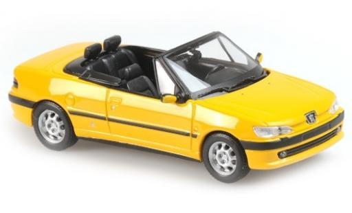 Peugeot 306 1/43 Maxichamps Cabriolet jaune 1998 miniature