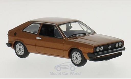 Volkswagen Scirocco 1/43 Maxichamps metallise marron 1974 miniature