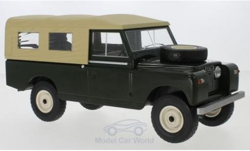 Land Rover 109 1/18 MCG Pick Up Series II verte/beige RHD 1959 miniature