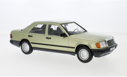 Mercedes 200 1/18 MCG D (W124) metallise verte 1984 miniature