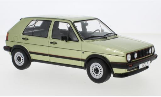 Volkswagen Golf 1/18 MCG II GTI metallise verte 1984 5-trg. miniature