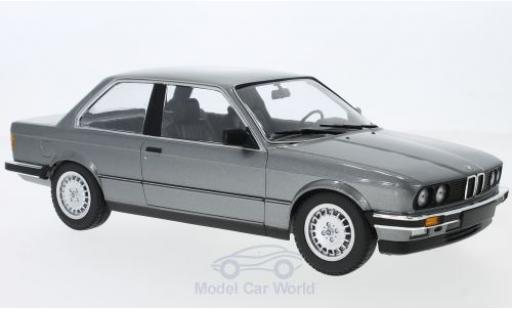 Bmw 323 1/18 Minichamps BMW i (E30) metallic-grey 1982 diecast