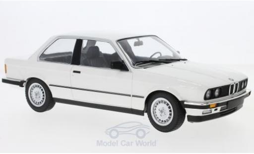Bmw 323 1/18 Minichamps i (E30) blanche 1982 miniature