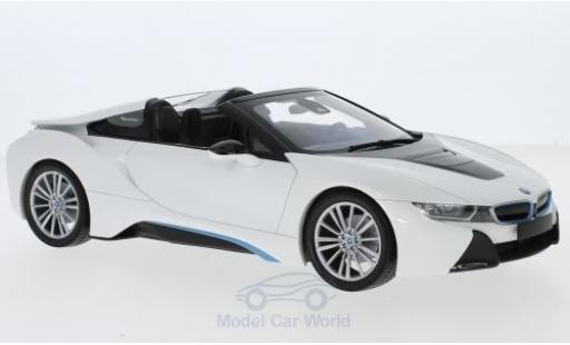 Bmw i8 1/18 Minichamps Roadster (I15) metallise white 2018 diecast model cars