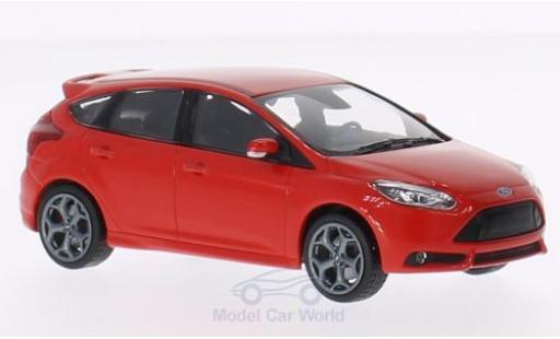 Ford Focus ST 1/43 Minichamps red 2011 diecast model cars