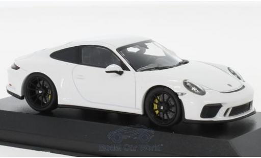 Porsche 991 GT3 1/43 Minichamps 911 (.2) Touring white 2018 diecast model cars