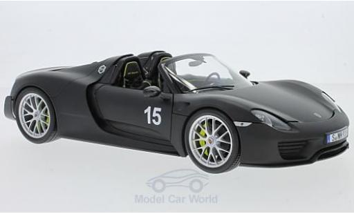 Porsche 918 1/18 Minichamps Spyder matt-noire 2015 Weissach-Package miniature