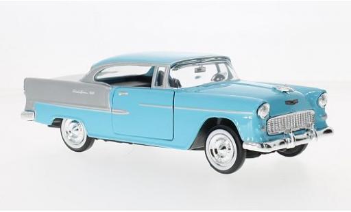 Chevrolet Bel Air 1/24 Motormax bleue/grise 1955 miniature