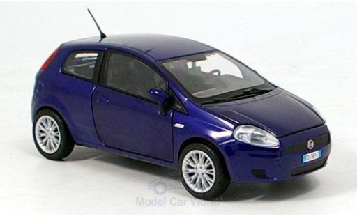 Fiat Grande Punto 1/24 Motormax metallise bleue 2007 miniature