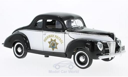 Ford Deluxe 1/18 Motormax Highway Patrol 1940 miniature
