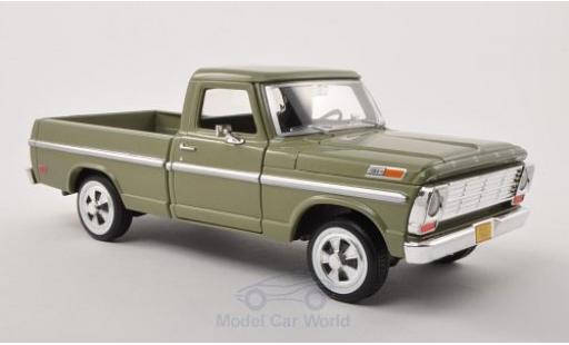 Ford F-1 1/24 Motormax 00 Pick Up métallisé verte 1969 ohne Vitrine miniature