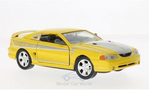Ford Mustang 1/24 Motormax SVT Cobra yellow/grey 1998 diecast