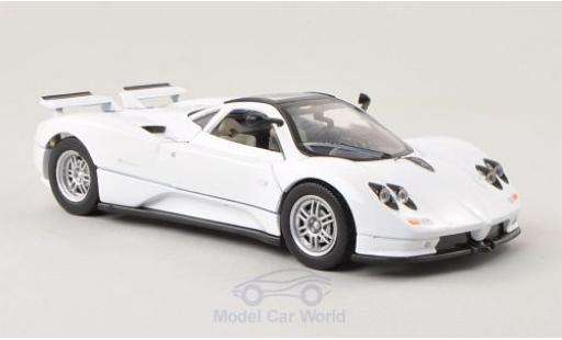Pagani Zonda 1/24 Motormax C12 blanche miniature