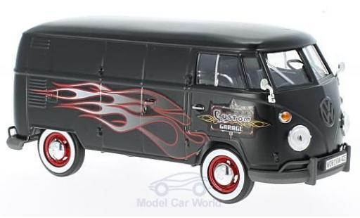 Volkswagen T1 A 1/24 Motormax matt-schwarz/Dekor Custom Garage modellautos