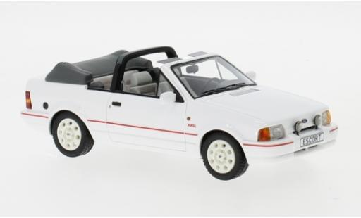 Ford Escort 1/43 Neo MKIV XR3i Cabriolet white 1986 diecast model cars