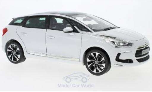 DS Automobiles DS5 1/18 Norev Citroen metallise blanche 2011 ohne Vitrine miniature