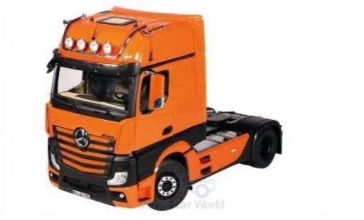 Mercedes Actros 1/18 NZG GigaSpace 4X2 orange/noire miniature