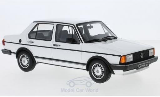 Volkswagen Jetta 1/18 Ottomobile MK1 GLI blanche 1983 miniature